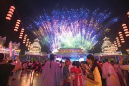 晚上9点迎打车最高峰,长沙人最爱逛五一广场、IFS国金中心|长沙之夜