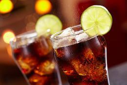 21岁女子每天两三瓶可乐当水喝,血糖爆表
