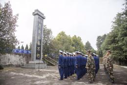 """16年前衡阳""""11.3""""特大火灾20名消防员殉职 亲人:不可能放下"""