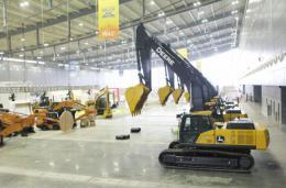 ?#20013;?#28779;爆!长沙国际工程机械展首日,有国外企业参展设备销空