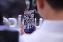 全省首个跨巿州5G视频电话连接长沙和岳阳, 5G元年大招频出