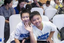 """带上照片和梦想来报名!潇湘晨报诚征孩子们的""""成长秀""""为2019快乐小报童代言"""