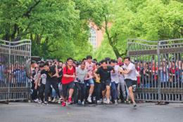 湖南高考顺利结束 6月25日将公布成绩