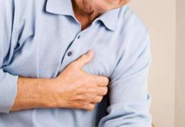 男子胸闷以为是天热引起还继续吹空调,谁知送到医院开始神志不清