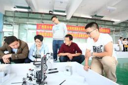 移动机器人项目师资能力提升培训在长沙民政职院举行