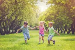 医院举办特殊需要儿童家长培训班 专家:应重视给孩子提供专业康复治疗和家长培训