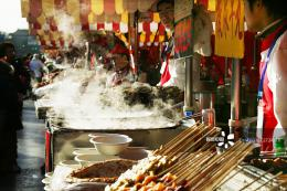 長沙啟動網絡餐飲專項檢查行動,在外賣平臺隨機抽檢百家餐飲門店