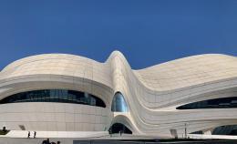 梅溪湖國際文化藝術中心藝術館11月30日對外開放,帶來頂級新媒體藝術群展