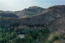 最后的洞穴人家:當年先祖在此定居竟是因為一群鴨子