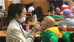 世界儿童日,专家组团为造血干细胞移植患儿义诊