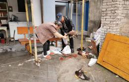 硬核!湖南男子拎7只活鴨給家人補身體 進站被攔后借剪刀打算當場宰殺